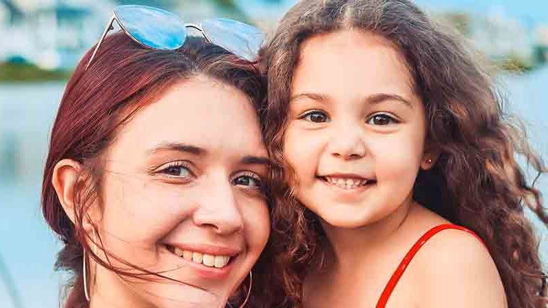 healthy mother and daughter | helping your liver keep you healthy